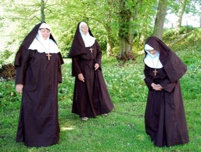 skoven som Gud glemte kvinder med former